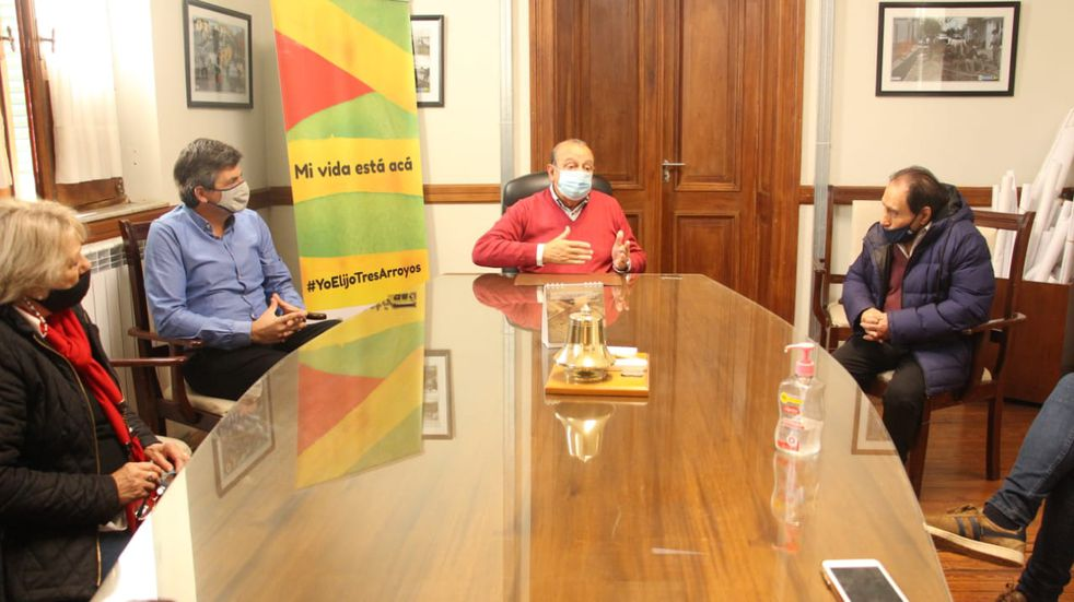 Sanchez se reunió con la Cámara Económica