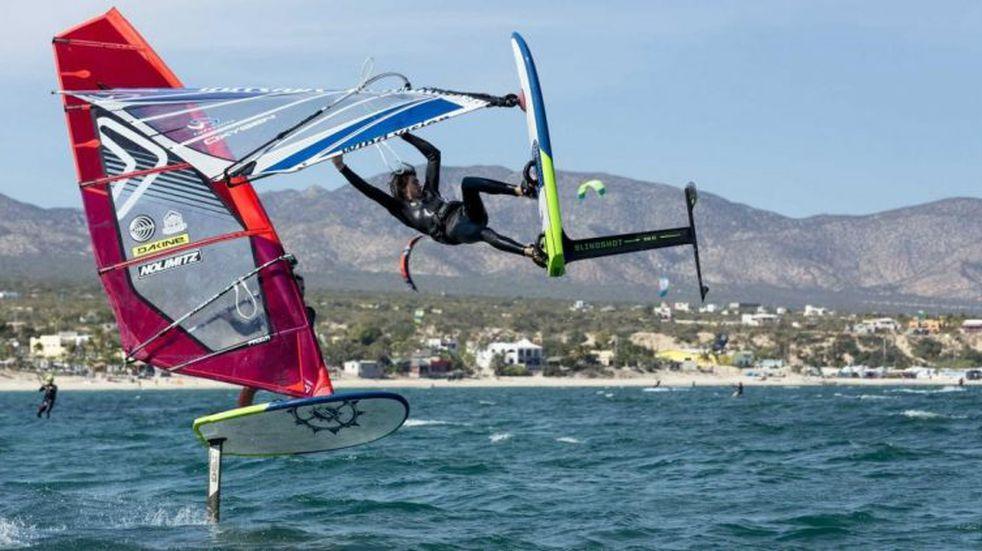 Llega el Campeonato Sudamericano de Windsurf al lago San Roque