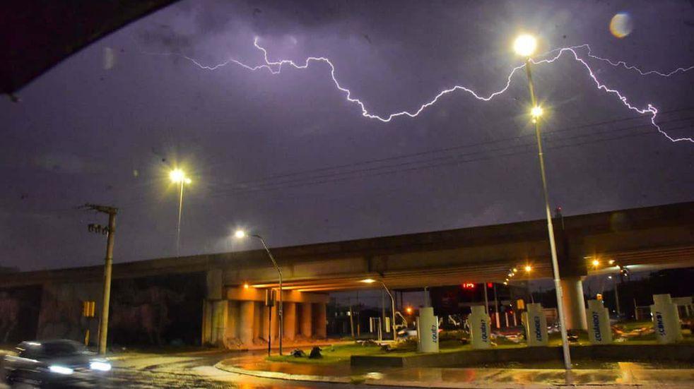 La alerta meteorológica alcanza a Córdoba y otras provincias de la región. (Facundo Luque/La Voz).