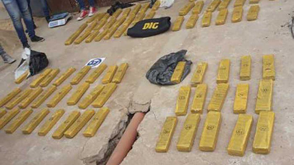 Albañil encontró cerca de 90 kilos de marihuana en una construcción