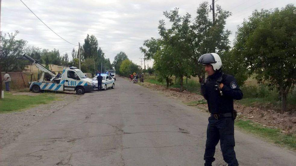 Una motociclista perdió un pierna y sus hijos quedaron internados tras chocar con una camioneta