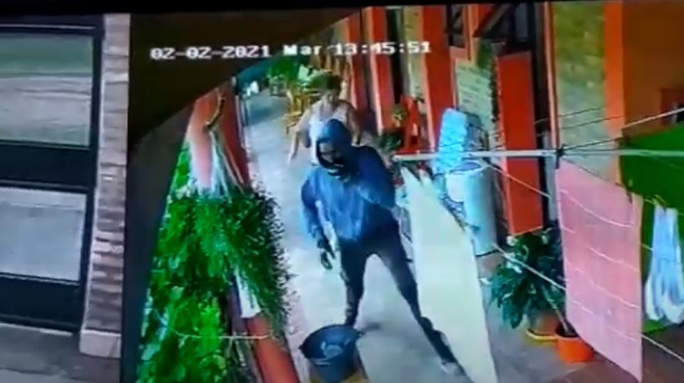 Concordia: una mujer enfrentó al delincuente que ingresó a su casa y evitó un robo