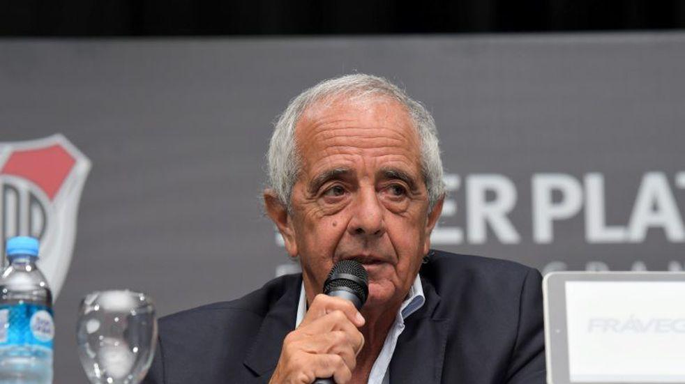 """Rodolfo D'Onofrio: """"Que se pueda jugar un River-Boca con visitantes nos sorprende"""""""