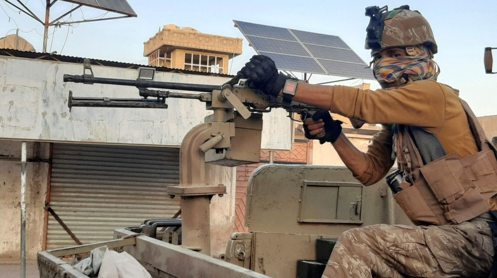 Los talibanes capturaron dos ciudades importantes de Afganistán y ya controlan gran parte del país