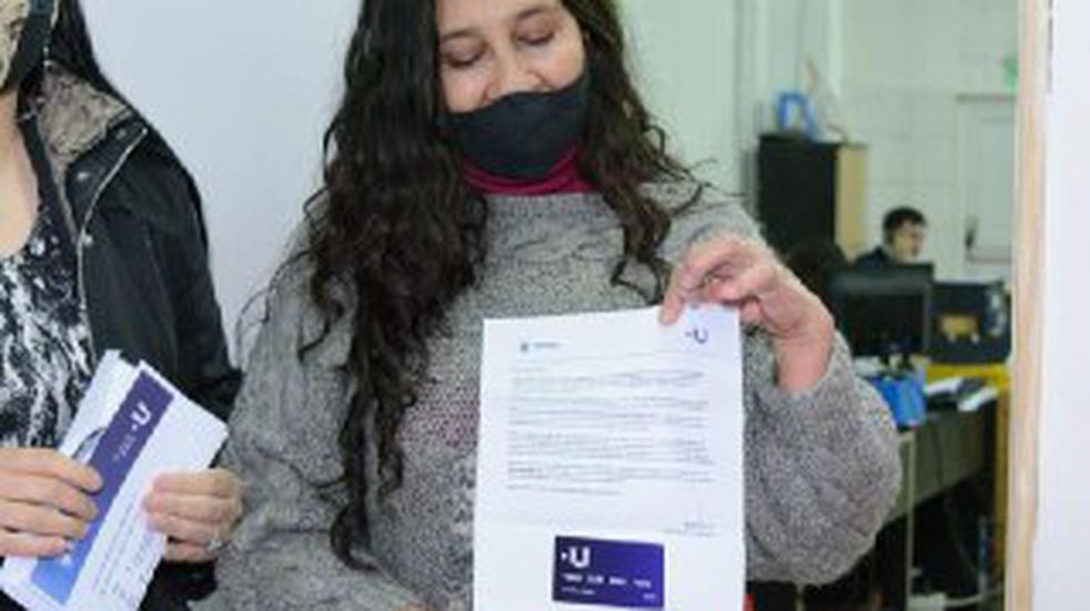 El Municipio de Ushuaia entregó Tarjetas +U en Tolhuin