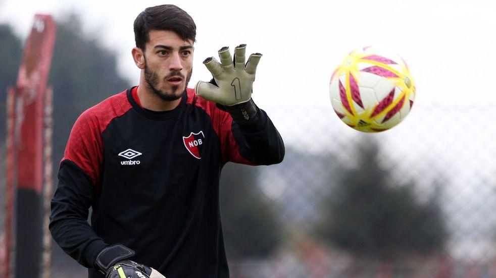 Ramiro Macagno volvería al arco de Newell's luego de nueve meses, en lugar de Alan Aguerre. (@Newells)