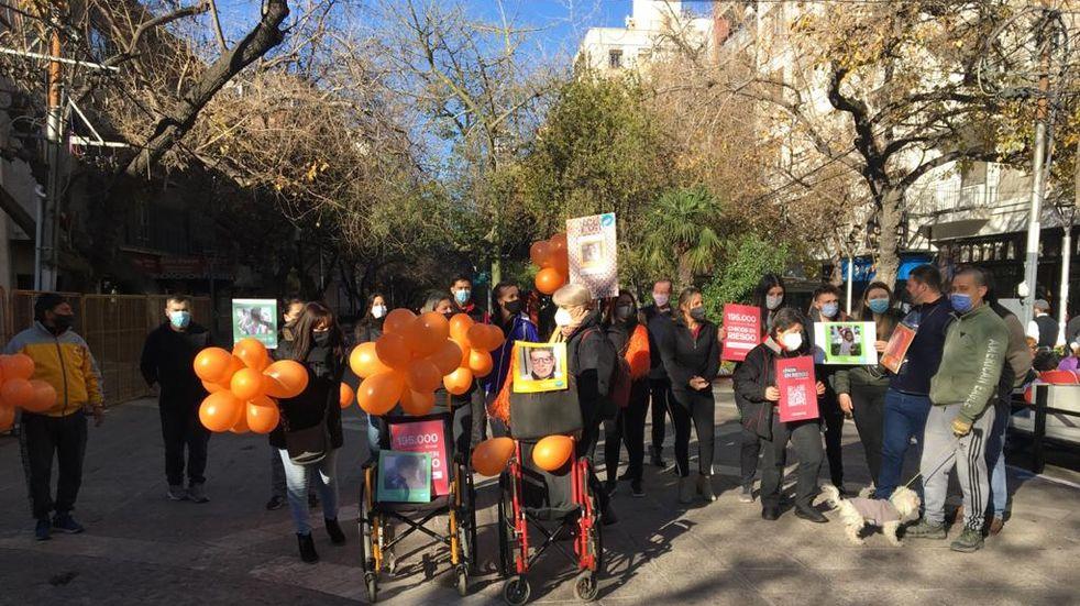 Vacuna Covid-19 en Mendoza: padres de chicos en riesgo reclamaron poder inocular a sus hijos