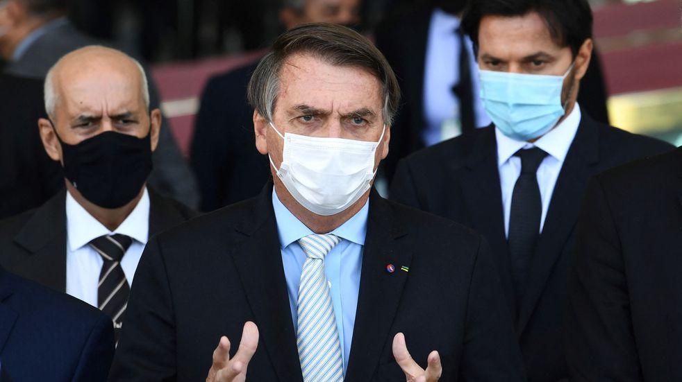 Bolsonaro anunció la creación de un comité para combatir covid en el peor momento de pandemia