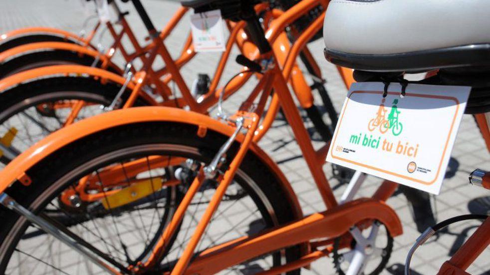 Pablo Corsalini en sintonía con la bicicleta como medio de transporte ecológico en Pérez