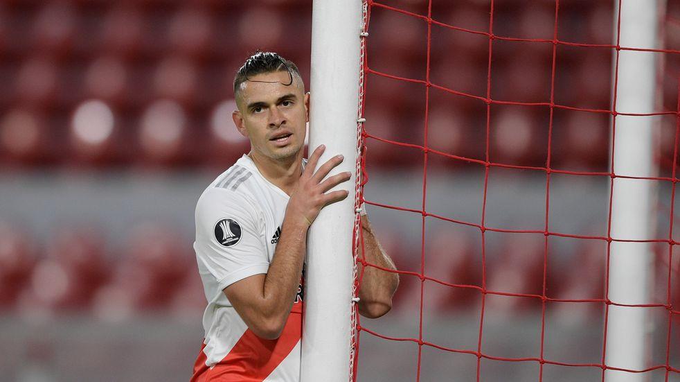 Rafael Santos Borré deja River: Eintracht Frankfurt anunció su fichaje en las redes sociales