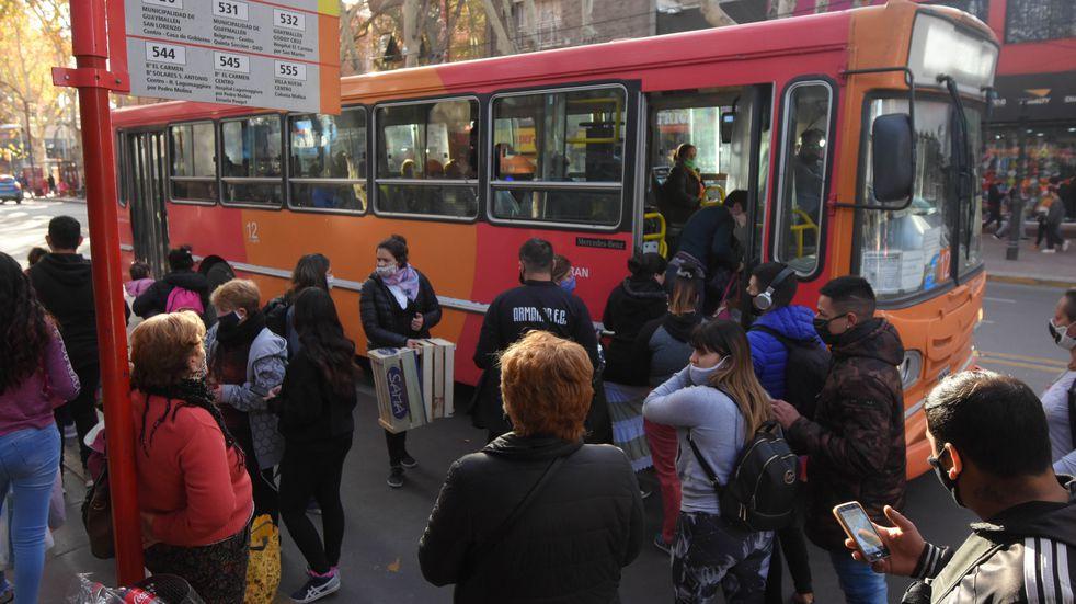 Desde este lunes comienzan las encuestas de calidad a los usuarios del transporte público de Mendoza