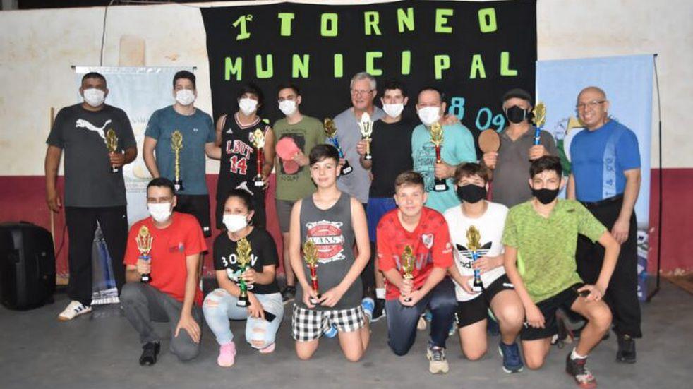 En Campo Grande tuvo lugar el Primer Torneo Municipal de Ping Pong .