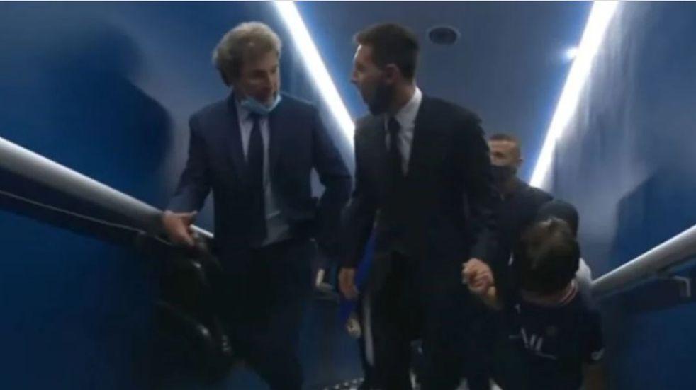 Quién es el exfutbolista argentino que gritó por Lionel Messi en su presentación en PSG