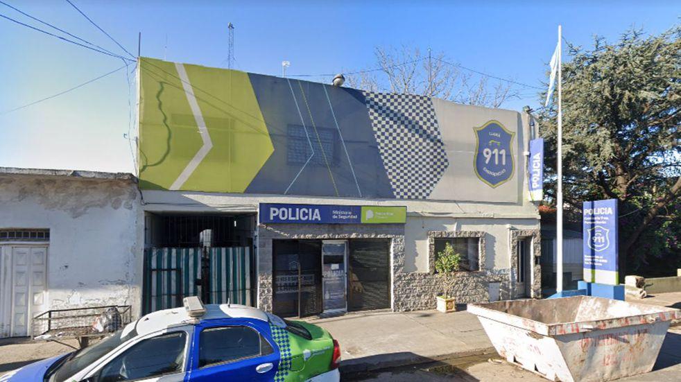 Lomas de Zamora: seis presos limaron los barrotes de una celda y se fugaron