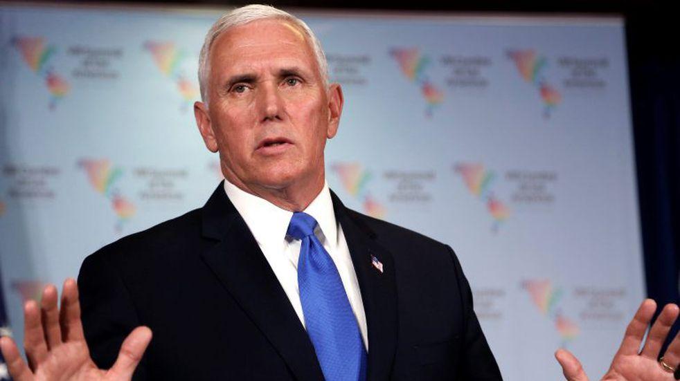 El vicepresidente de Estados Unidos Mike Pence llamó a su sucesora, Kamala Harris, y le ofreció asistencia para la transición