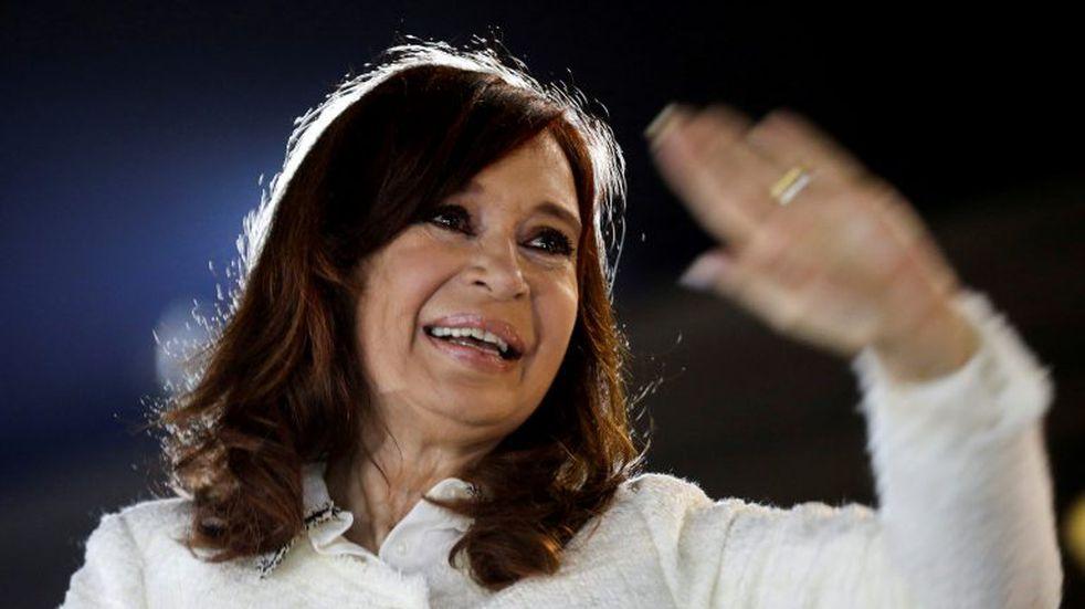 """Cristina Kirchner criticó el juicio antes de ir a Tribunales: """"Es un nuevo acto de persecución"""""""