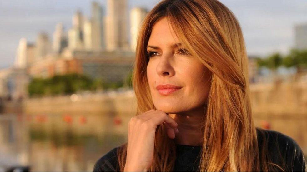 """Compararon a Isabel Macedo con """"Moni Argento"""" en las redes por su nuevo look: los memes"""