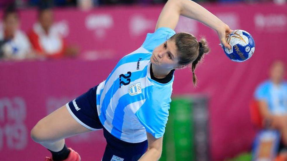 El seleccionado femenino de handball cayó ante el local Japón en su debut mundialista