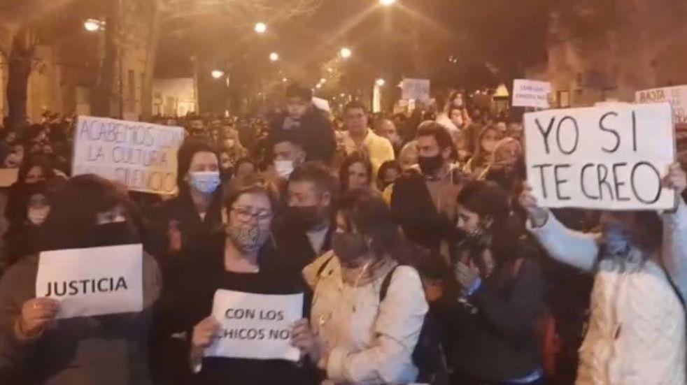 Rafaela reclamó Justicia por el caso de abuso sexual en el Colegio San José