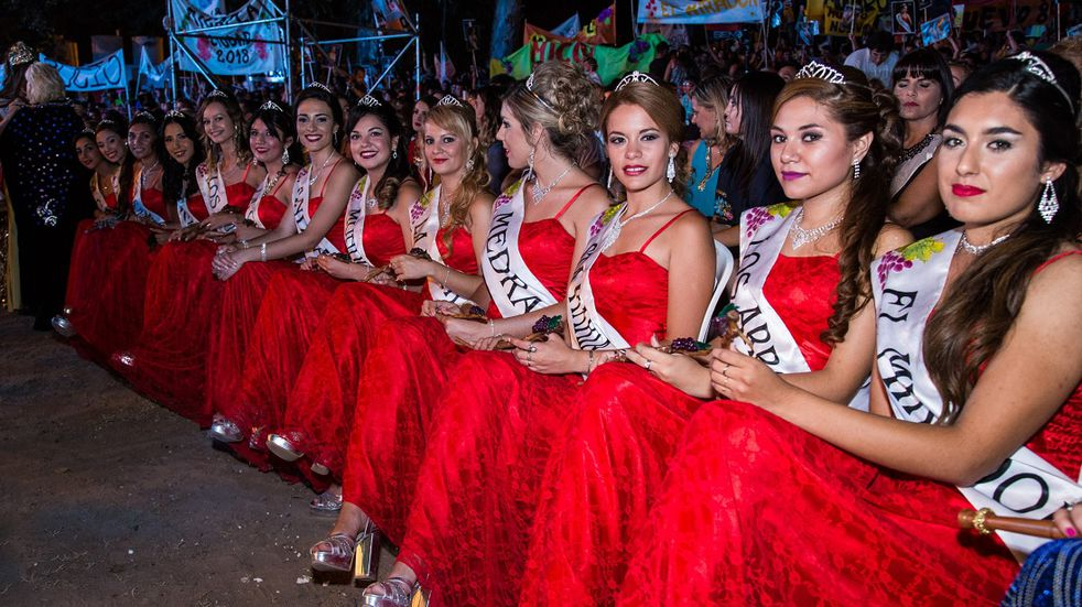 Rivadavia convoca a candidatas a Reinas distritales para la Vendimia 2022