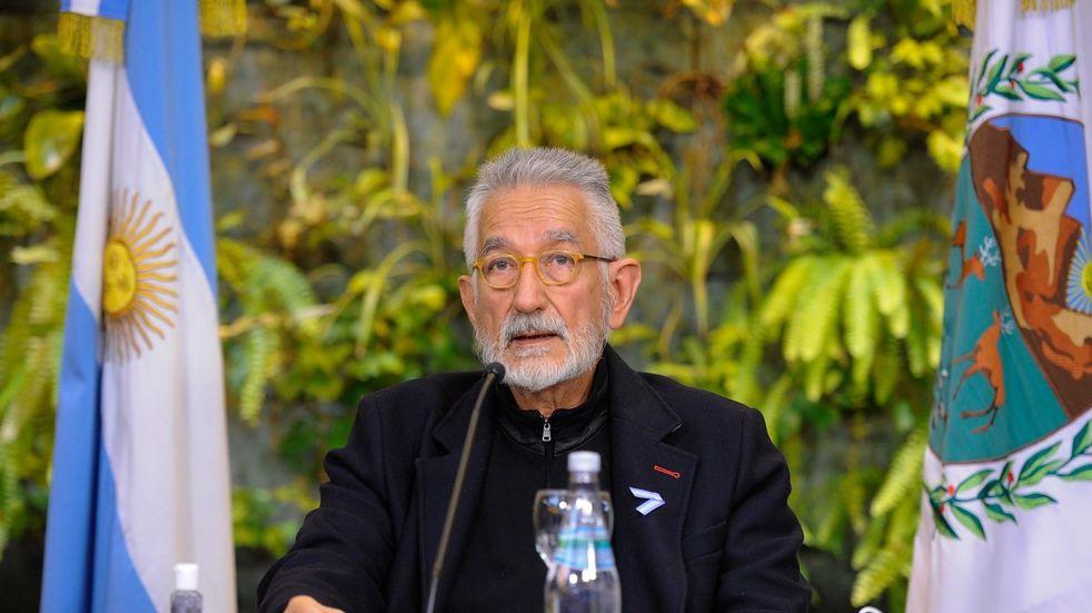 El Gobernador de San Luis en un mensaje a los puntanos Alberto Rodríguez Saá anunció que  acompañará las medidas de resstricción anunciadas por la Nación.