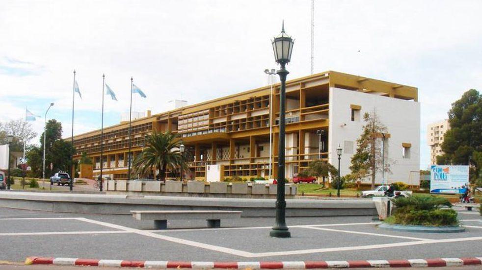 La Casa de Gobierno de Santa Rosa, un edificio emblemático que resiste el paso del tiempo