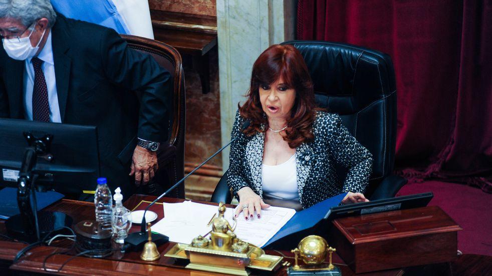 Juicio por la obra pública: Cristina Kirchner pidió postergar las declaraciones de Alberto Fernández y otros exjefes de Gabinete