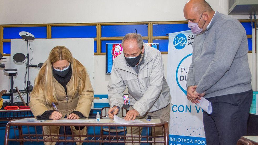 Las bibliotecas populares de San Martín contarán con internet