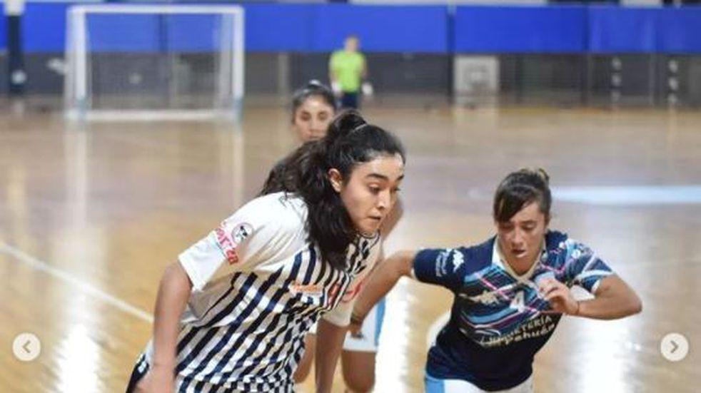 Una tucumana en la selección femenina de futsal.