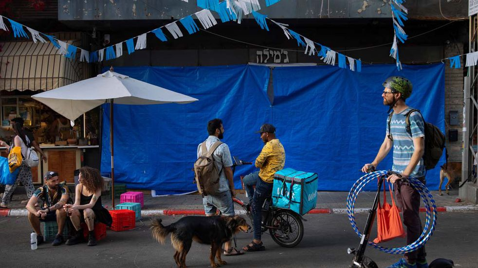 Coronavirus: Israel levanta la obligación de usar barbijo en espacios cerrados