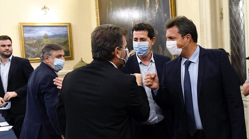 Nación convocó a la oposición para conformar una comisión de seguimiento de la pandemia