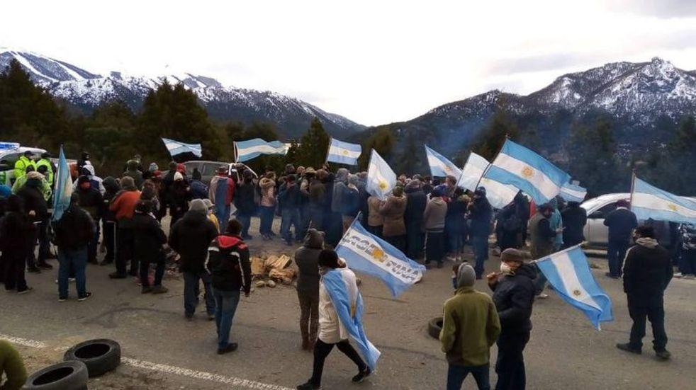 Convocan a una nueva marcha por la usurpación de terrenos en Villa Mascardi