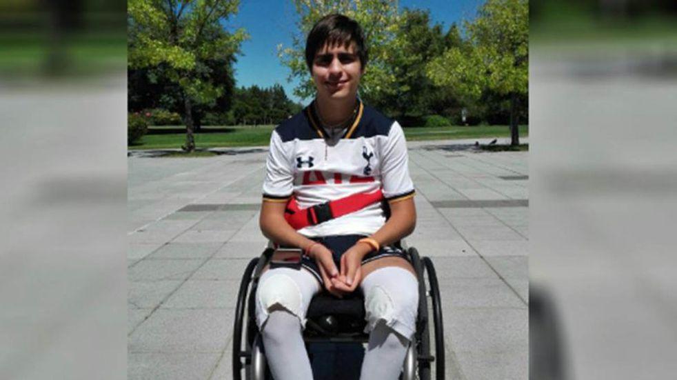 El joven quedo parapléjico luego del accidente ocurrido en septiembre de 2016.