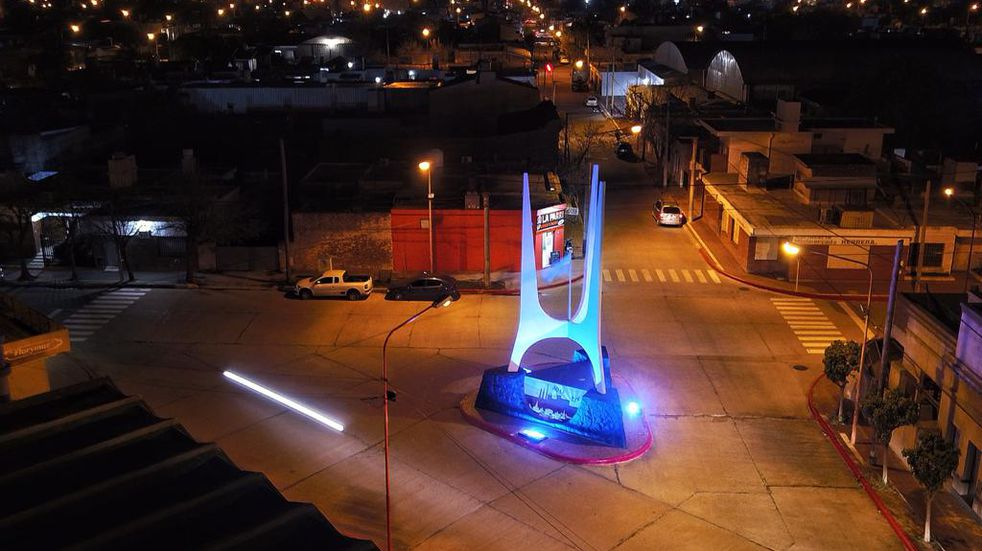 Monumento a Los Orígenes Arroyito