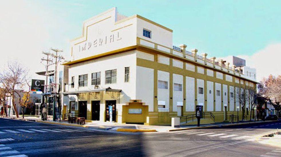 El Cine teatro Imperial de Maipú será el lugar donde el lanzamiento nº15 del Programa PAR se realizará.