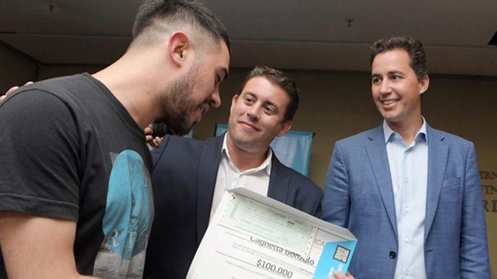 Córdoba Joven entregó créditos y aportes por 10 millones de pesos