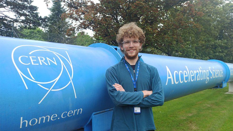 Estudiante de la UNR trabaja con el acelerador de partículas más potente del mundo