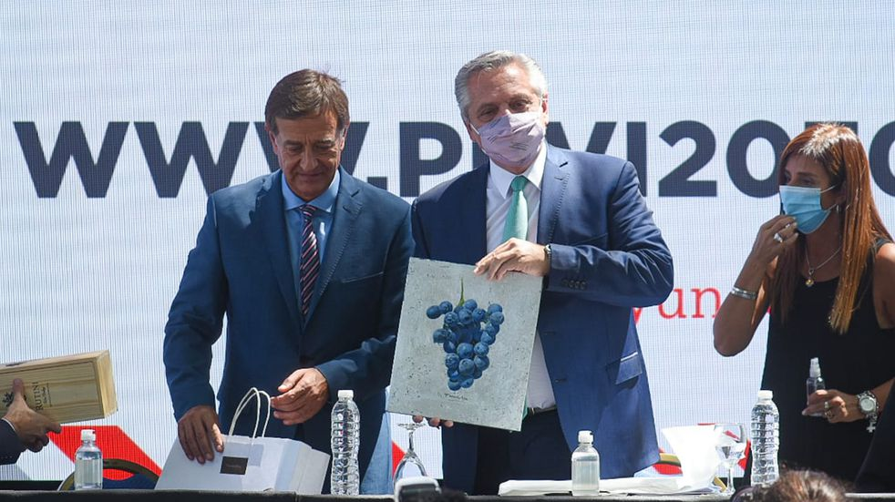 Ante Alberto Fernández, Suárez destacó la importancia de poder culminar Portezuelo del Viento