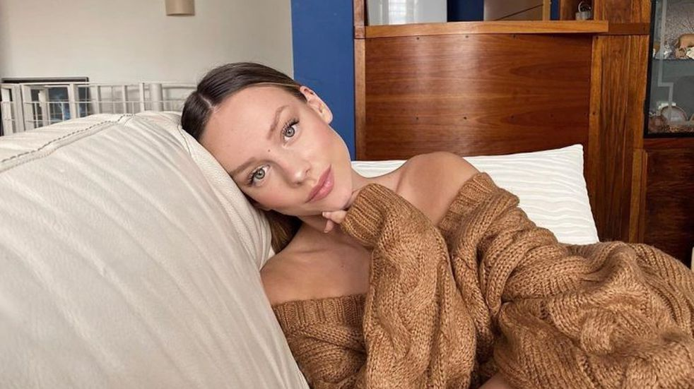 Ester Expósito posó desnuda y causó admiración en las redes