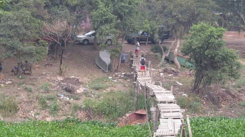 Frontera: la gente sigue pasando sin control por pasos clandestinos