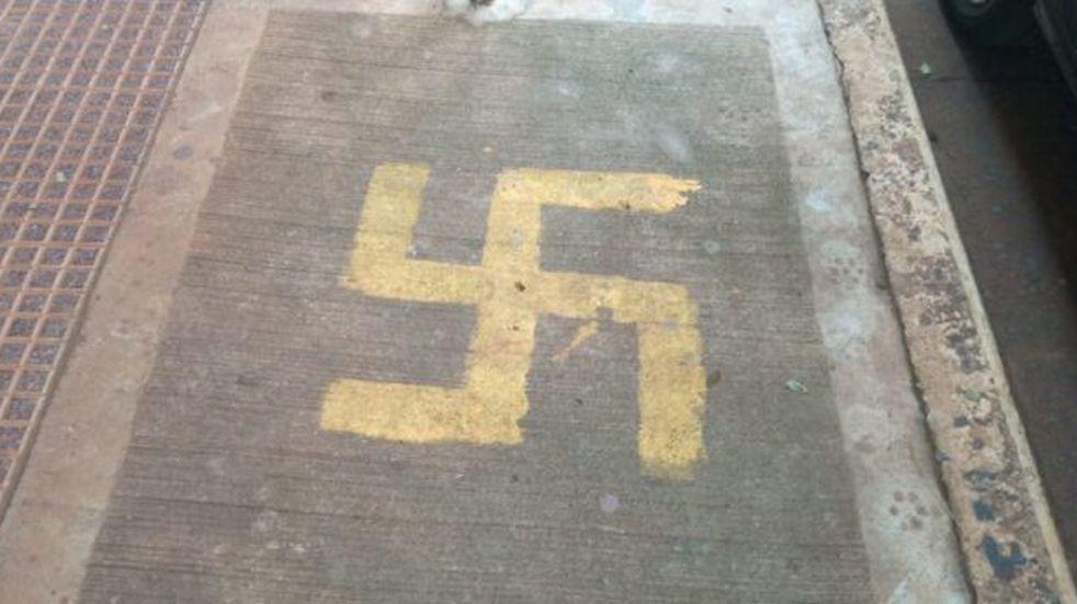 Pintadas nazis en Eldorado: la DAIA reconoció el trabajo de las autoridades en el esclarecimiento del hecho
