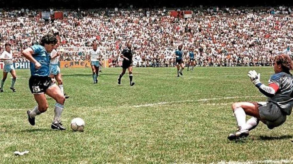 """El """"Gol del Siglo"""" de Diego Maradona volvió a ser gritado en toda Argentina"""