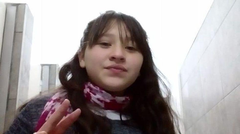 Desesperada búsqueda de una joven de 13 años desaparecida de barrio San Vicente