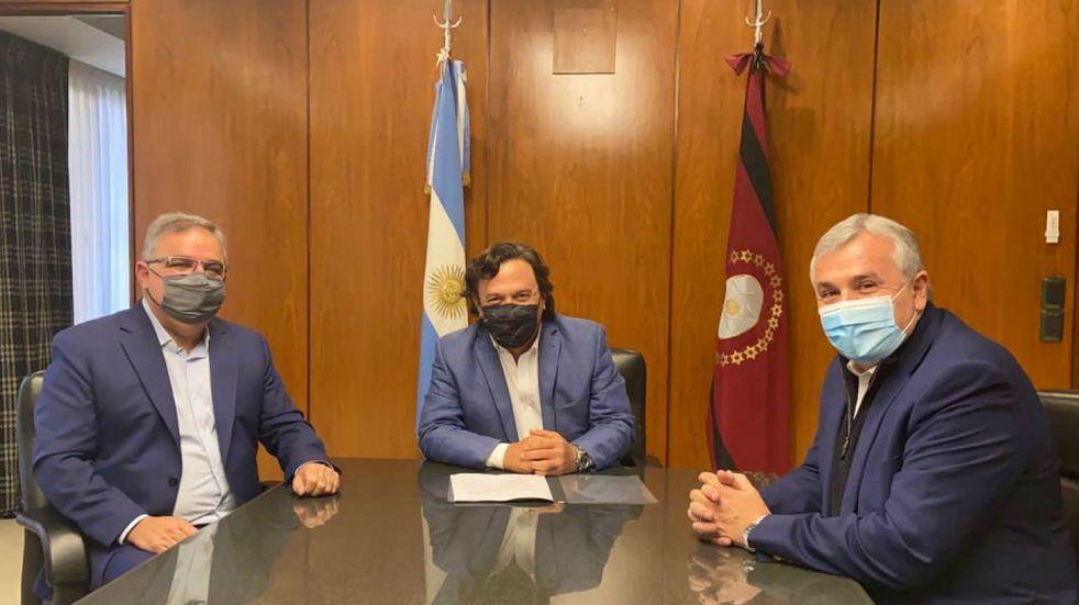 Raúl Jalil se reunió con los gobernadores de Salta y Jujuy.