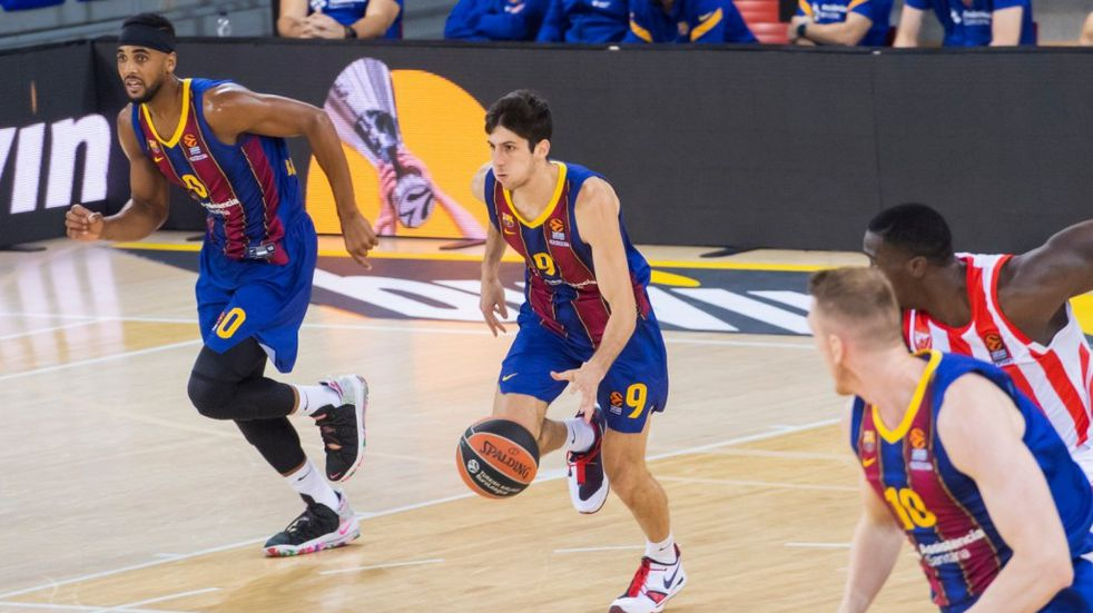 Con cuatro puntos de Bolmaro el Barcelona ganó y es líder de la Euroliga