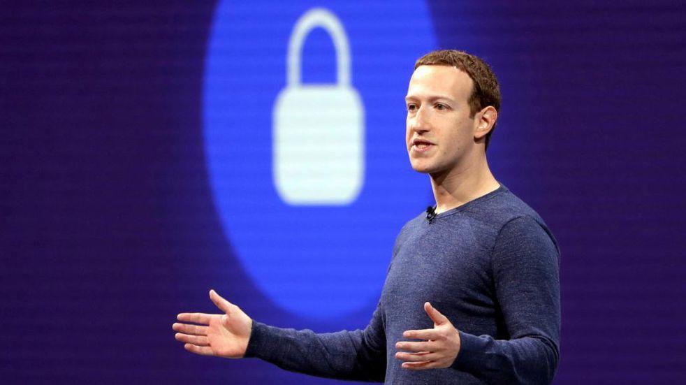 Mark Zuckerberg, cofundador de Facebook, se defendió de las acusaciones contra su compañía mediante un extenso mensaje. (AP).