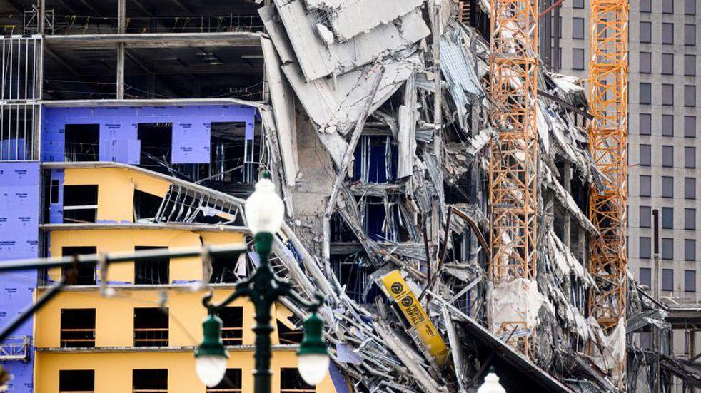 Captaron en video el momento en que un hotel se derrumba en Nueva Orleans