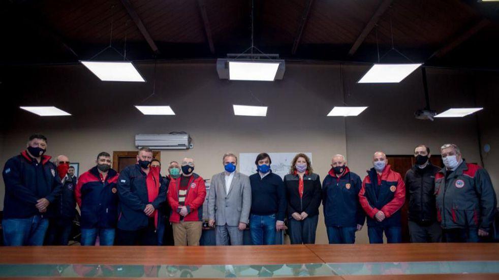 El Municipio junto a la diputada nacional Carolina Yutrovic se reunieron con representantes  del Consejo Nacional de Bomberos Voluntarios