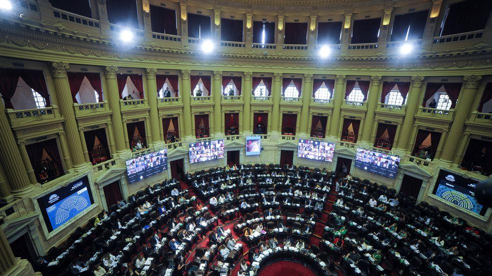 Diputados aprobó la postergación de las elecciones por amplia mayoría