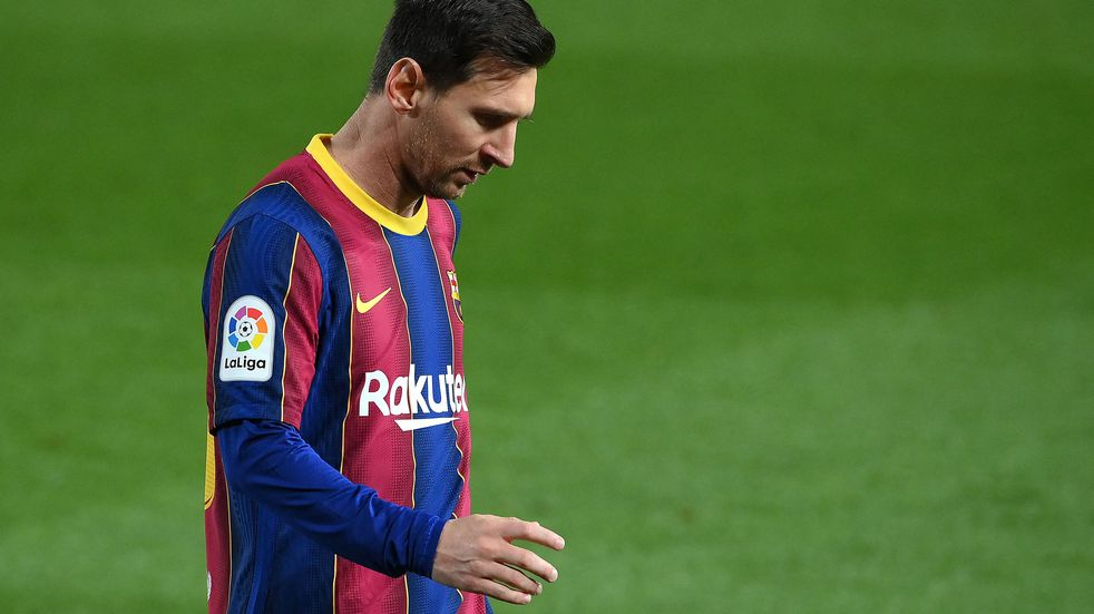 "PSG tienta a Lionel Messi: le ofreció un contrato millonario e ""inalcanzable"" para Barcelona"